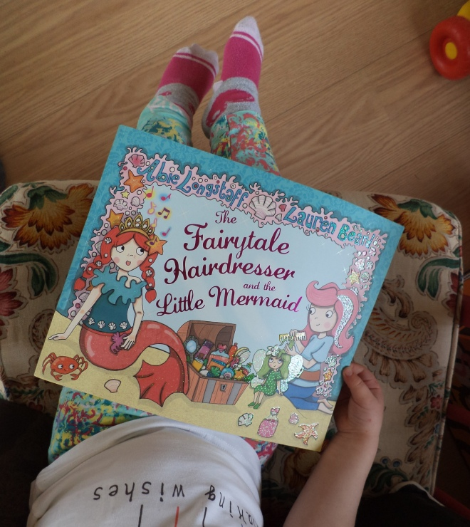 book review for toddlers book for girls the fairytale hairdresser and the little mermaid the two darlings mummy blogger ireland