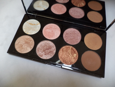 makeup revolution review the two darlings mummy blogger ireland beauty fashion style reviews eye shadow