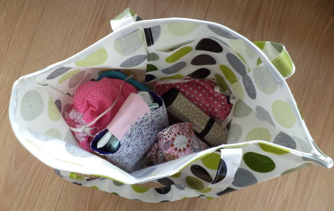 mummy blogger ireland the two darlings claire povey bags review handmade shop local